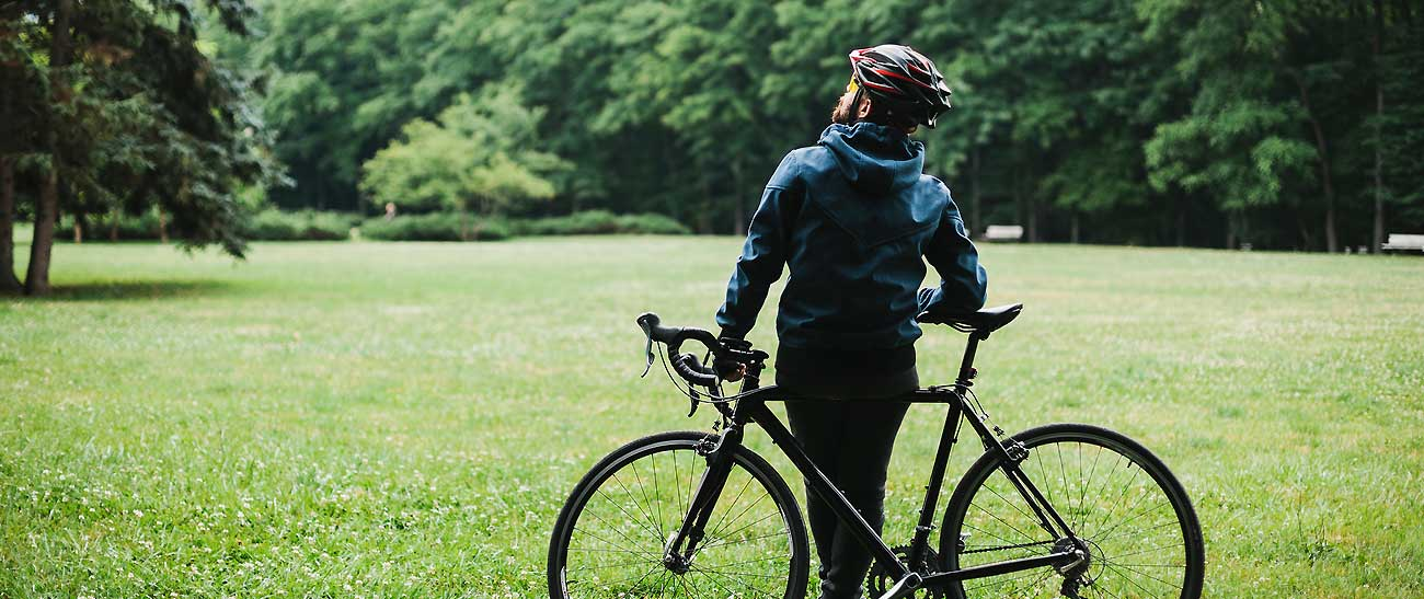 Enjoy great cycling in Juanita - Hidden River Townhomes, Apartments near Juanita Bay, Kirkland, Washington 98034