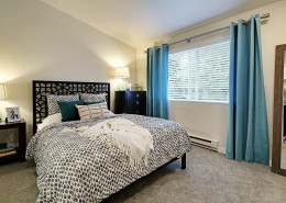 Master bedroom - Hidden River Townhomes, Apartments near Juanita Bay, Kirkland, Washington 98034